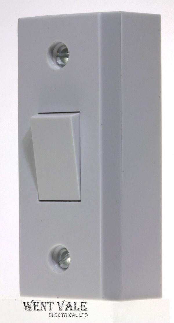 Super Switch - S35-107S2 - White Moulded - 10ax 1 Gang 2 Way Architrave Switch
